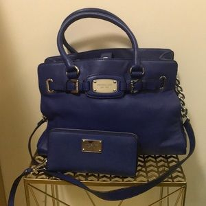 Blue michael kors Hamilton with matching wallet